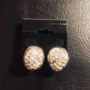 Jewelry - Crystal Clip on Earrings Silver, Beautiful